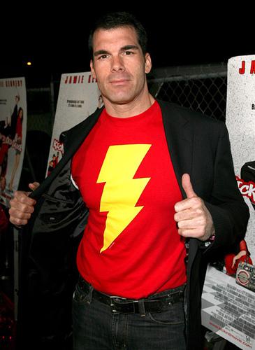 Brandon Molale... ¿posible Capitán Marvel?